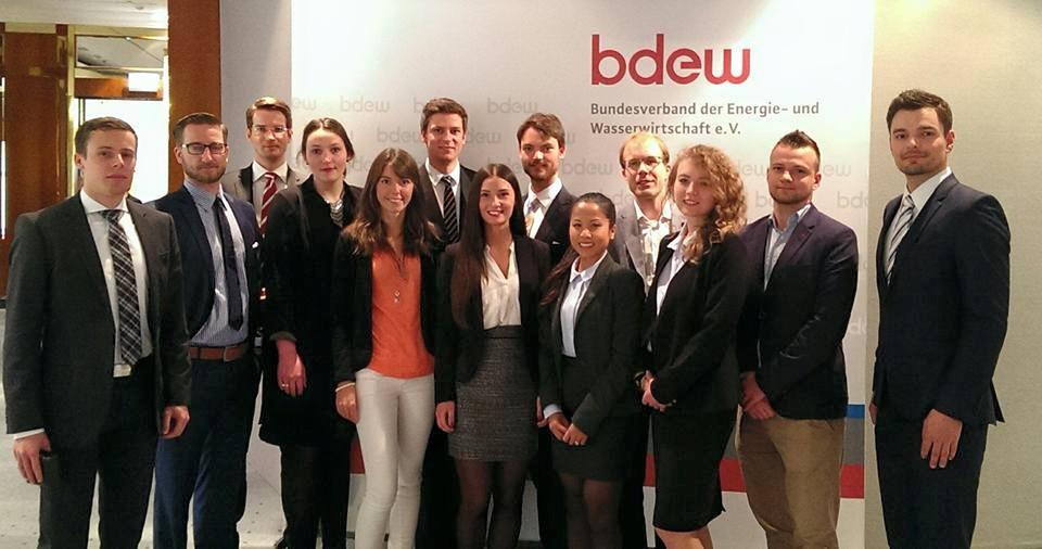 Teilnehmer vom Essener Energieclubs und YES Consulting e. V.